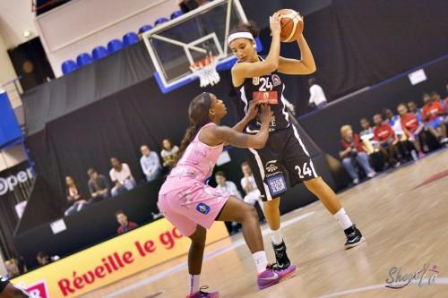 LFB_2015-2016_Hind BEN ABDELKADER (Nice) 4 vs. Arras_Laury MAHE