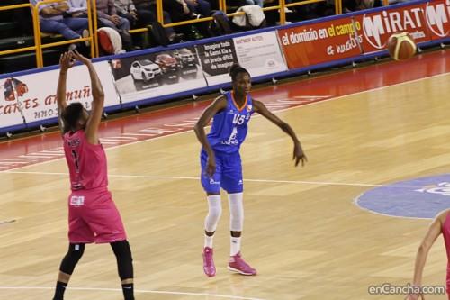 Espagne_2015-2016_Astou NDOUR (Salamanque) vs. CREF Hola_Alejandro LOPEZ REDONDO