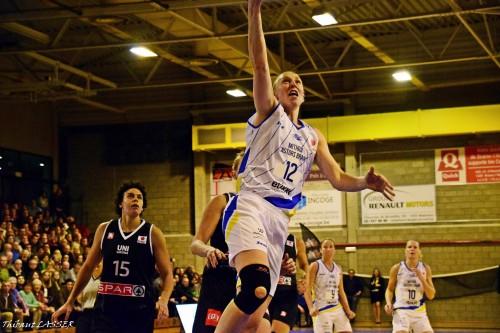 Euroligue_2015-2016_Ann WAUTERS (Braine) vs. Gérone_Thibaut LASSER
