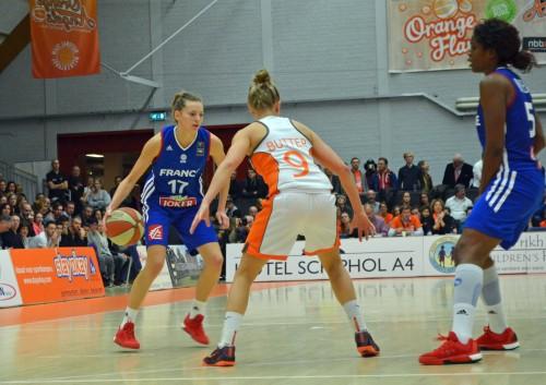 Marine JOHANNES page Facebook de l'équipe de France féminine de basketball