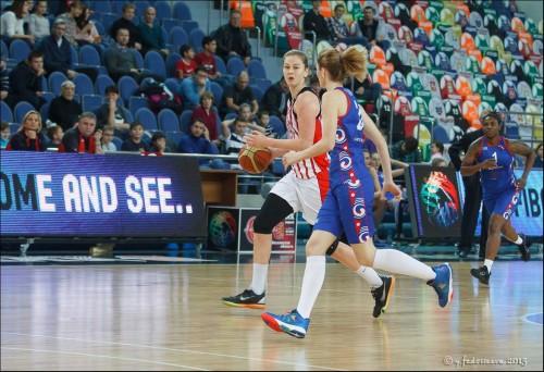 Russie_2015-2016_Emma MEESSEMAN (S. Moscou R.) vs. Kazanochka_Youlia FEDOSSEEVA