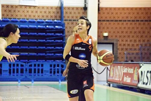 LFB_2015-2016_Céline DUMERC (Bourges) @Hainaut Basket 1_Thibaut LASSER