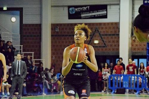 LFB_2015-2016_Diandra TCHATCHOUANG (Bourges) @Hainaut Basket_Thibaut LASSER