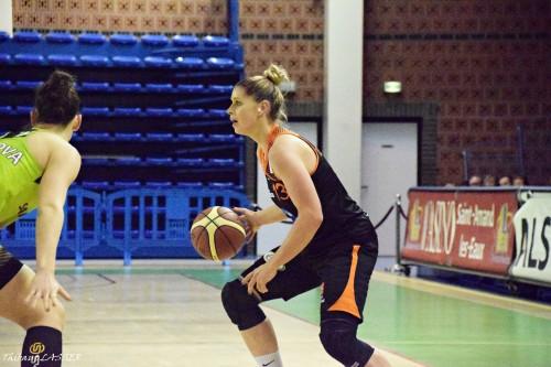 LFB_2015-2016_Johannah LEEDHAM (Bourges) @Hainaut Basket 1_Thibaut LASSER