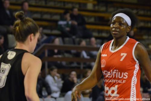 Belgique_2015-2016_Djénébou SISSOKO (Namur) vs. Ste Catherine-Wavre_basketfeminin.com_Olivier LEFEVRE