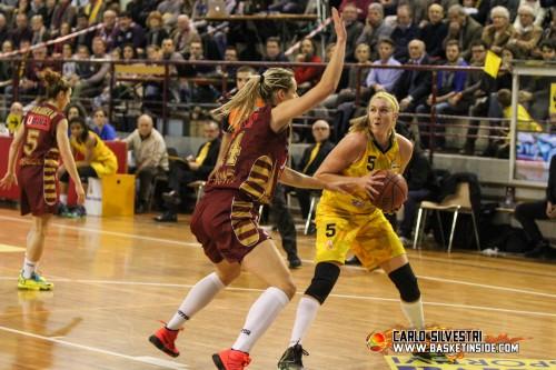 Italie_2014-2015_Emily CORREAL (San Martino) vs. Venise_Carlo SILVESTRI
