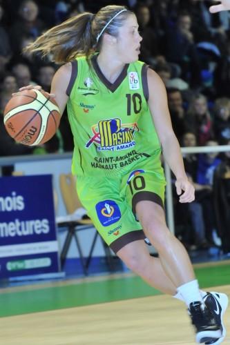 LFB_2011-2012_Ashley HOUTS (Hainaut Basket)_Daniel LEMOINE