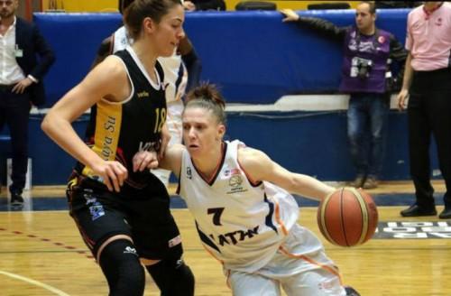Turquie_2015-2016_Natalie HURST (Hatay) vs. Edirnespor_jwsbasketball.org