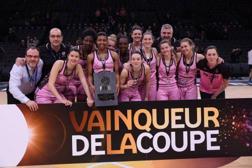 Trophée coupe de France_2015-2016_Roanne vainqueur_FFBB