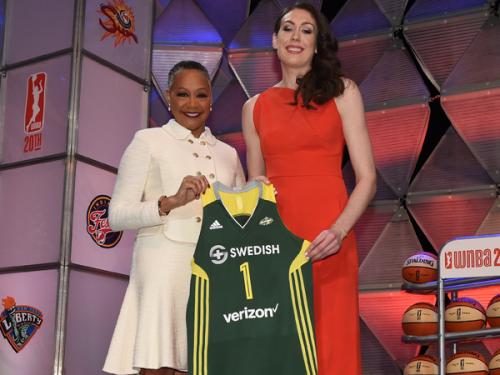 WNBA_2016_Breanna STEWART draftée 1ère position Seattle_WNBA