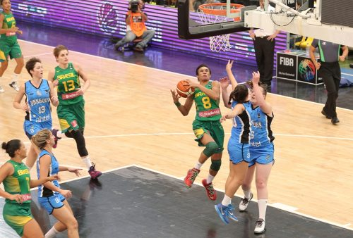 Amér. du Sud 2016_Iziane CASTRO MARQUES (Brésil) vs. Uruguay_FIBA