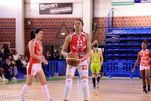 LFB_2015-2016_Latoya WILLIAMS (Lyon) vs. Hainaut Basket 1_Thibaut LASSER