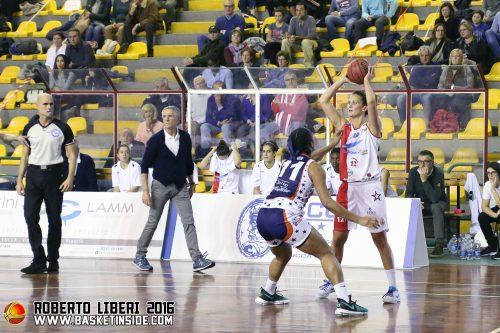 italie_2016-2017_jillian-harmon-lucques-vs-turin_roberto-liberi