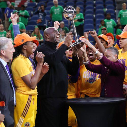 Los Angeles Sparks v Minnesota Lynx - 2016 WNBA Finals - Game Five
