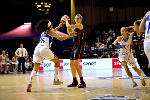 lfb_2016-2017_ana-maria-filip-bourges-vs-montpellier-2-match-des-champions_laury-mahe
