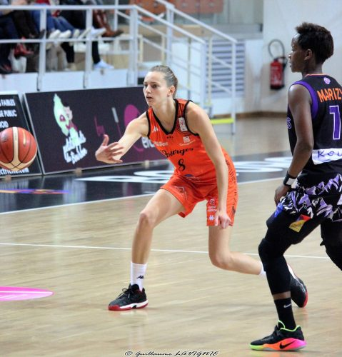 lfb_2016-2017_marine-johannes-bourges-vs-tarbes_guillaume-lavignie