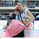 Styliani KALTSIDOU (Grèce) honorée par sa Fédération et ses coéquipières