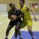 Ligue 2 : Monique OLIVER doit quitter Reims, Artavia FORD la remplace