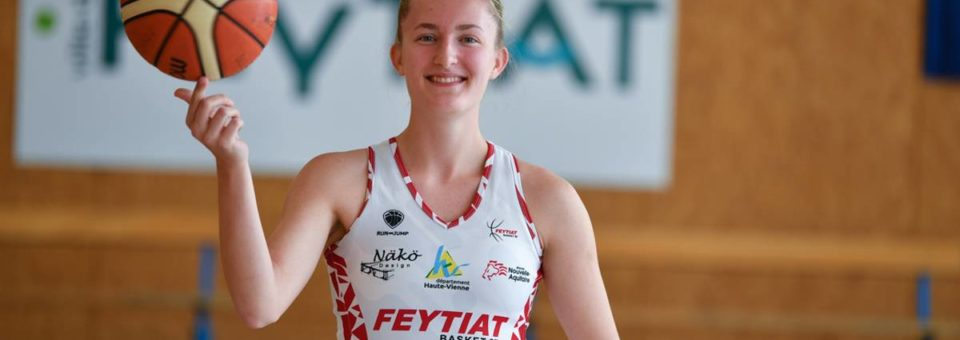 NF1 : Emilie RAYNAUD prolonge à Feytiat