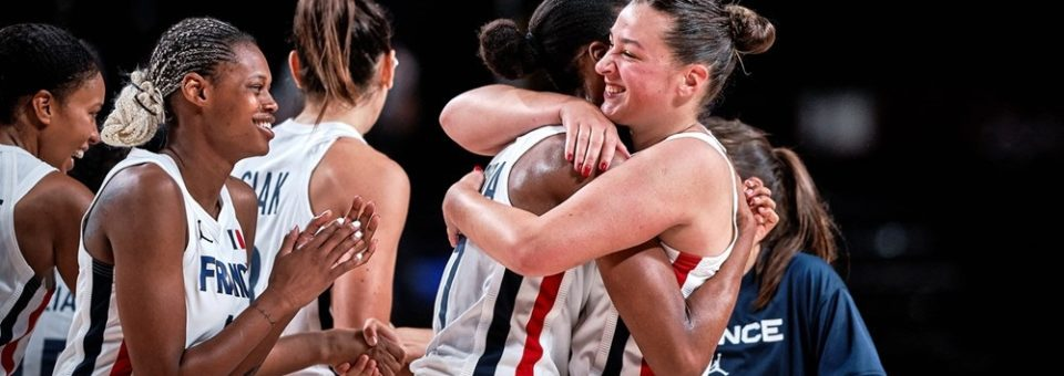TOKYO 2021 5×5 : Après une courte défaite contre les Etats-Unis, la France se qualifie pour les quarts de finale.